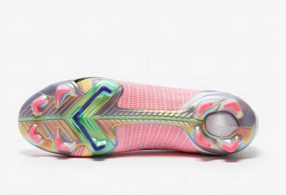 2021 Nike Mercurial Superfly Dragonfly VIII Elite FG White/Metallic Silver