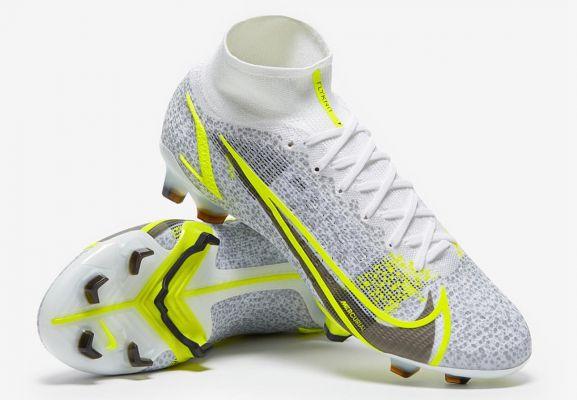 2021 Nike Mercurial Superfly VIII Elite FG White/Black Meatallic/Silver Volt
